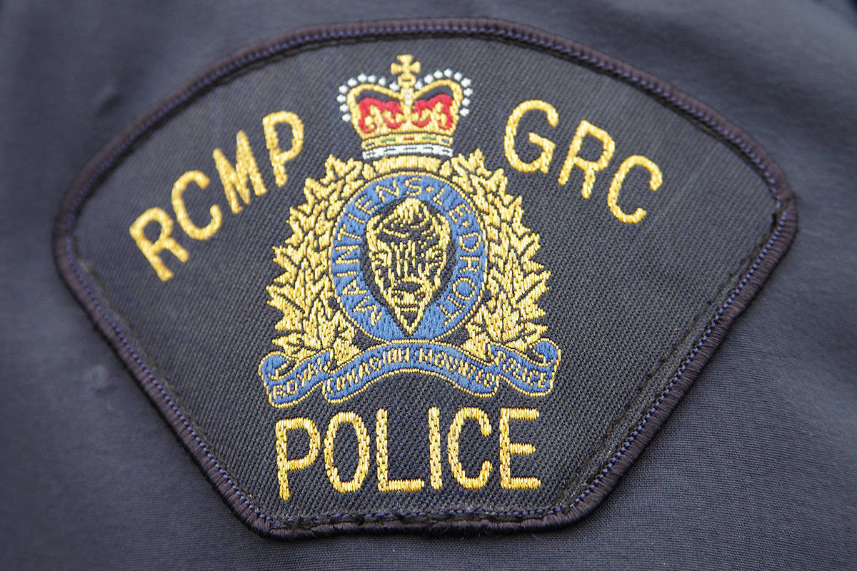 Vancouver Island mountie fights off face biter