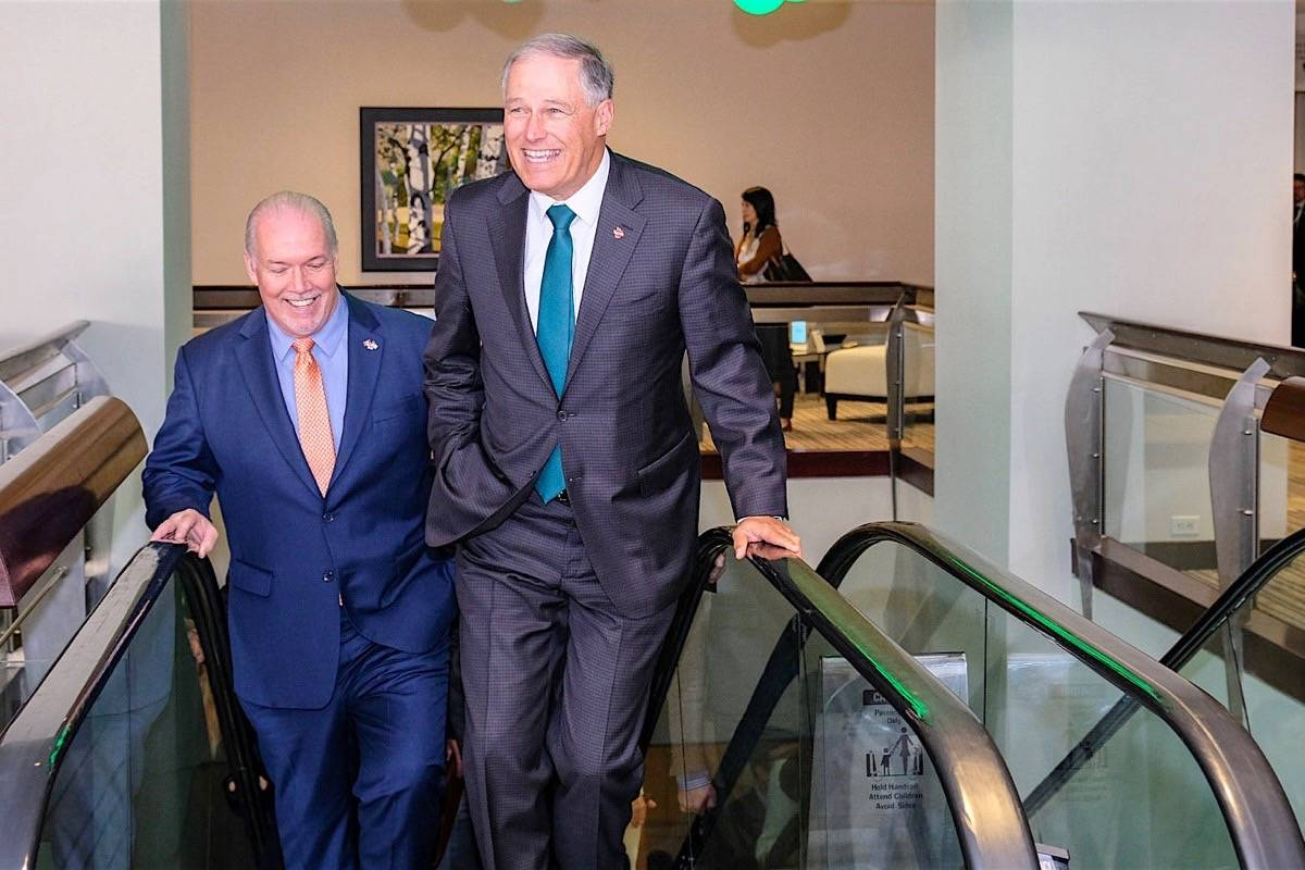Washington Gov. Jay Inslee and B.C. Premier John Horgan attend Cascadia economic development conference in Vancouver, Oct. 10, 2018. (B.C. government photo)
