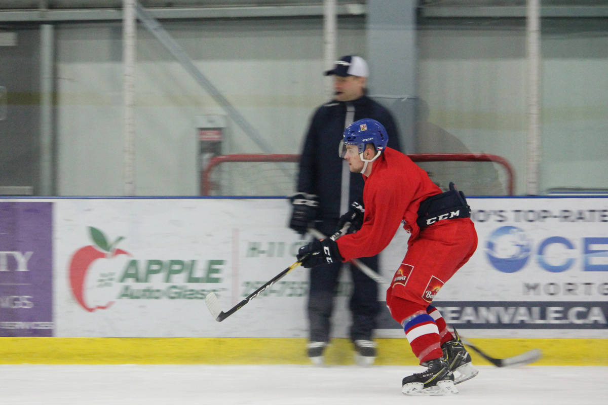 Czech Republic team holds first practice in Nanaimo ahead of World Juniors