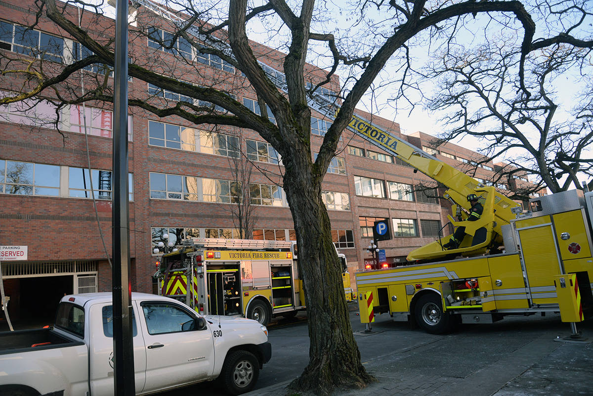 UPDATED: One man sent to hospital after fire at downtown Victoria Central Library
