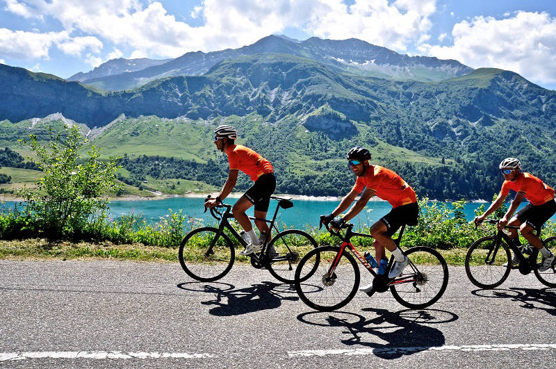 Campbell River's John Vanderveen heads through the French Alps after winning a contest through Zwift, an interactive cycling trainer app. Photo submitted