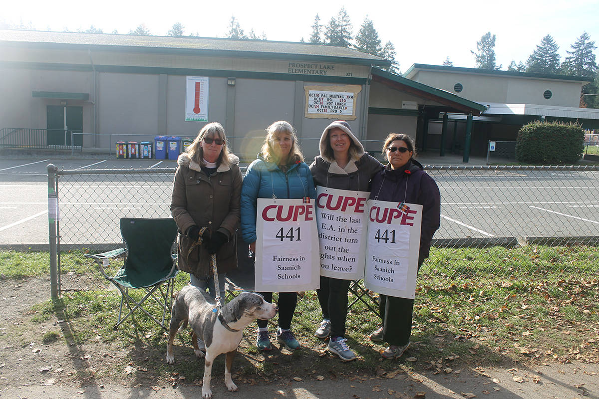 From left to right, Educational Assistants Ute Perry, Sylvia Sundby, Christine Gillies, and Maria, Mangiola on the picket line for CUPE Local 441 as talks break off between the school district and the union on Nov. 6, 2019. (Sophie Heizer/News Staff)