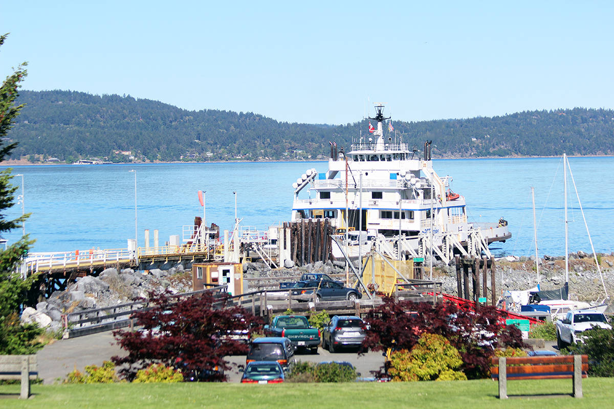 Sunny day in May at the Crofton ferry terminal. (Photo by Don Bodger)